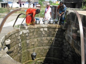 India-getting-water-from-well